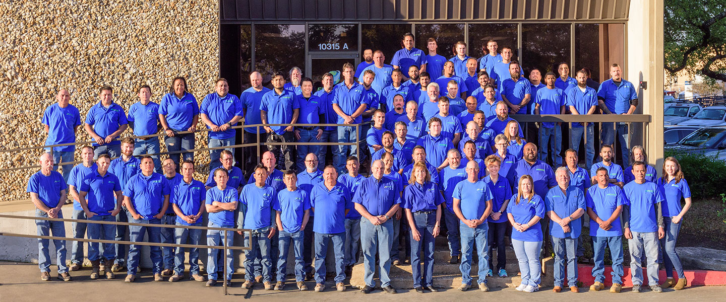 Photo of the entire Efficient AC, Electric & Plumbing team